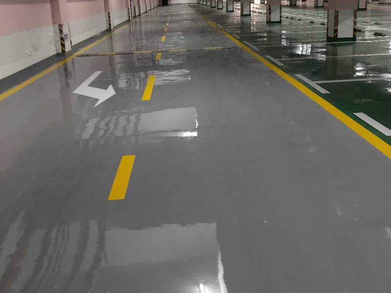 车位划线环氧地坪交通设施安装 地下车库停车场装修设计