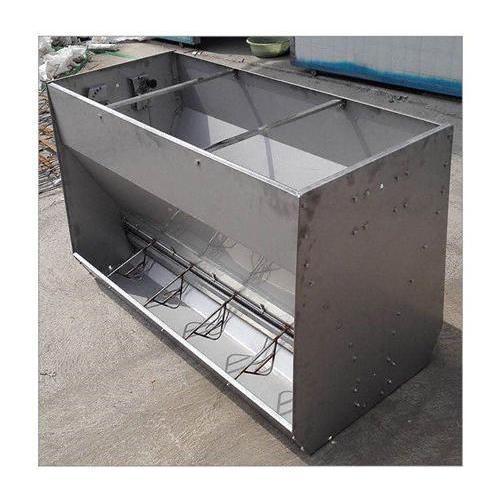西安不锈钢料槽生产厂家  猪用不锈钢水槽、复合料槽