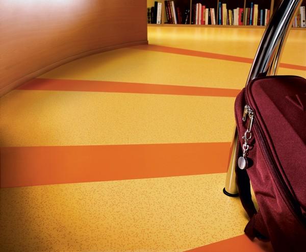 贵州塑胶地板 运动木地板橡胶垫生产厂家
