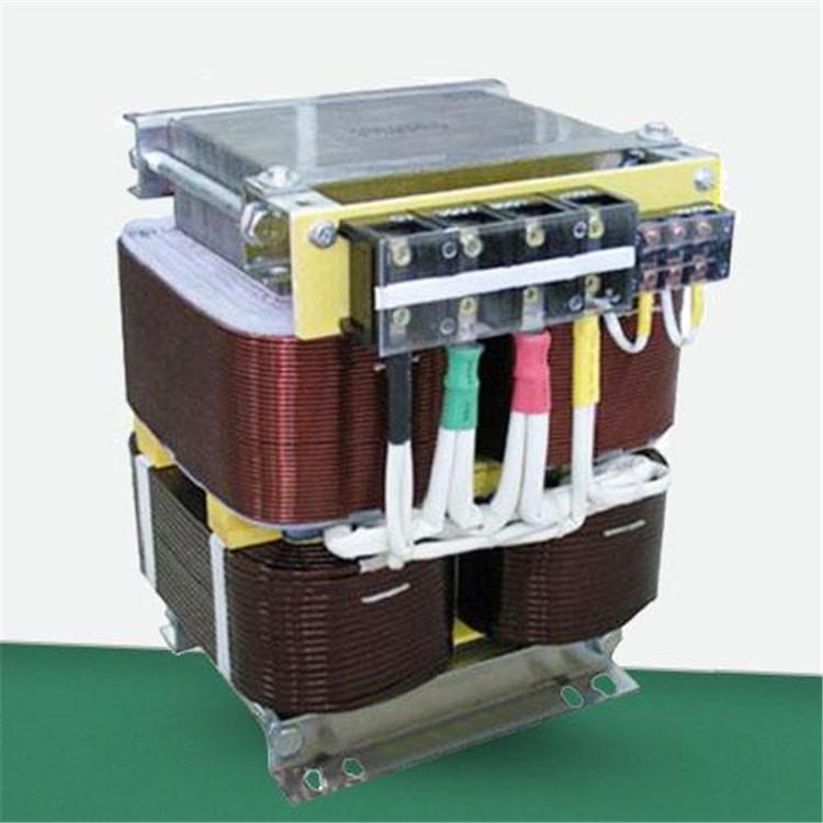渭南变压器回收 渭南各种变压器回收 长亮回收箱式变压器公司
