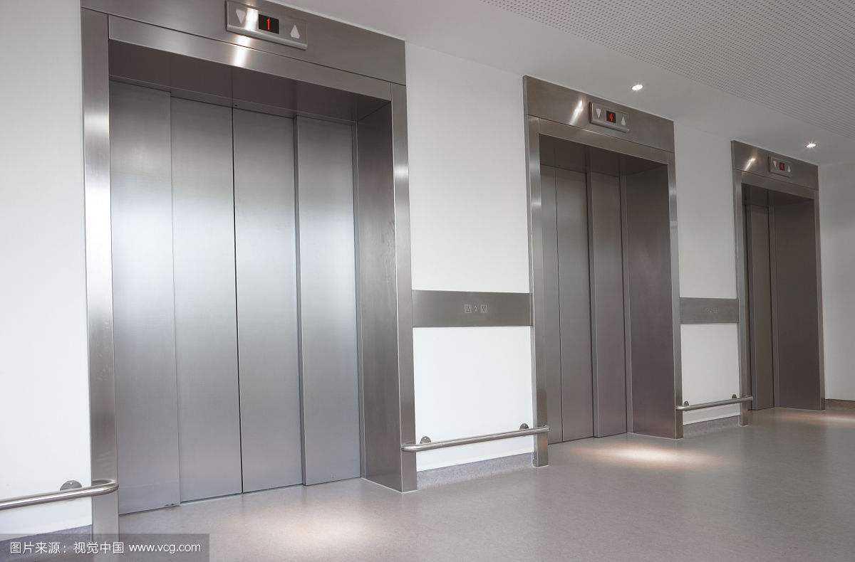 西安载货电梯回收 西安施工电梯回收 西安医用电梯回收