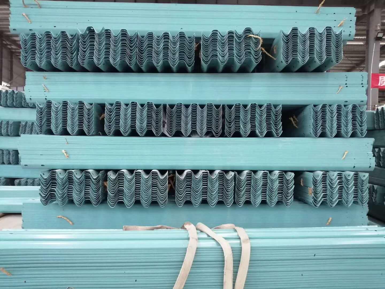 高速乡村公路 热镀锌波型梁护栏 厂家直销 波形护栏板