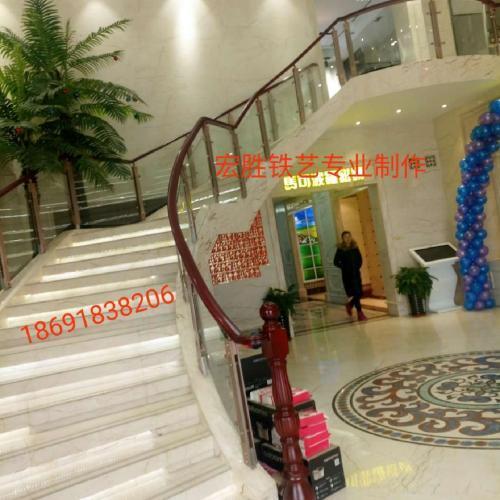 酒店旋转楼梯扶手 酒店旋转楼梯护栏订制