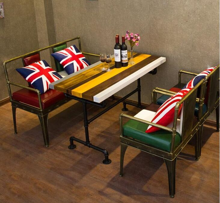 延安工业风餐厅桌子和卡座沙发厂家定制