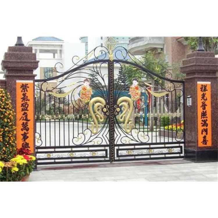 铁艺大门供应商 庭院大门 价格实惠 品质保证 欢迎选购