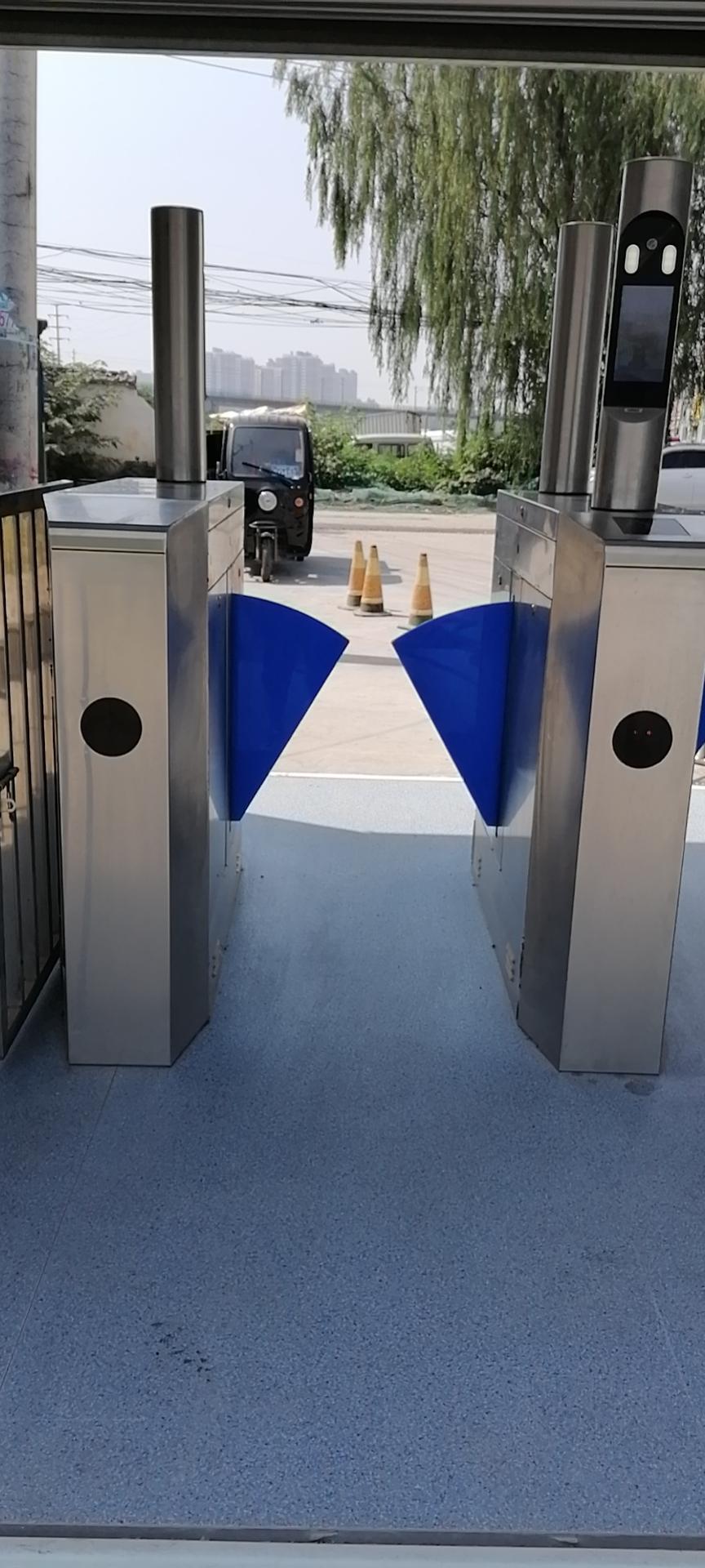 门禁机实名制工地管理系统_对接住建部平台选陕西蓝方
