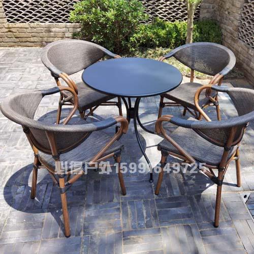 星巴克桌椅 星巴克户外桌椅 星巴克户外桌椅价钱