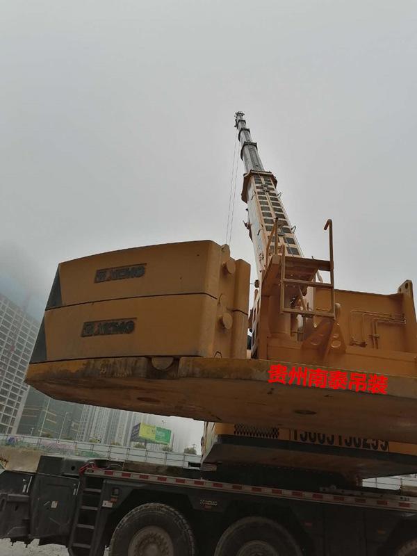 优质企业大型吊车吊装设备出租 南泰吊装设备租赁