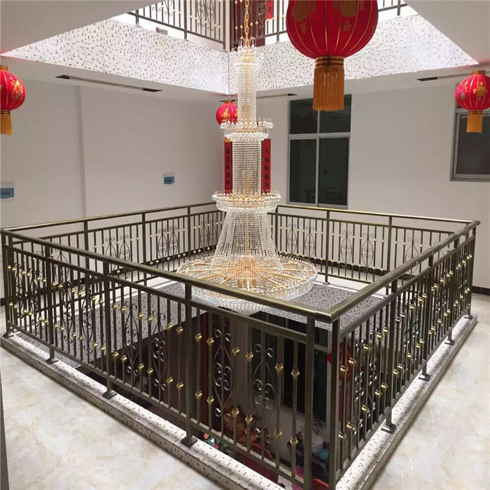 陕西铁艺楼梯护栏 热镀锌铝艺楼梯护栏扶手铁艺栏杆防护西安铝艺护栏