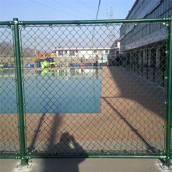 西安球场围栏  陕西球场护栏网