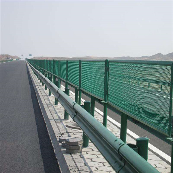 西安桥梁护栏网 桥梁护栏批发价格 西安防眩网厂家