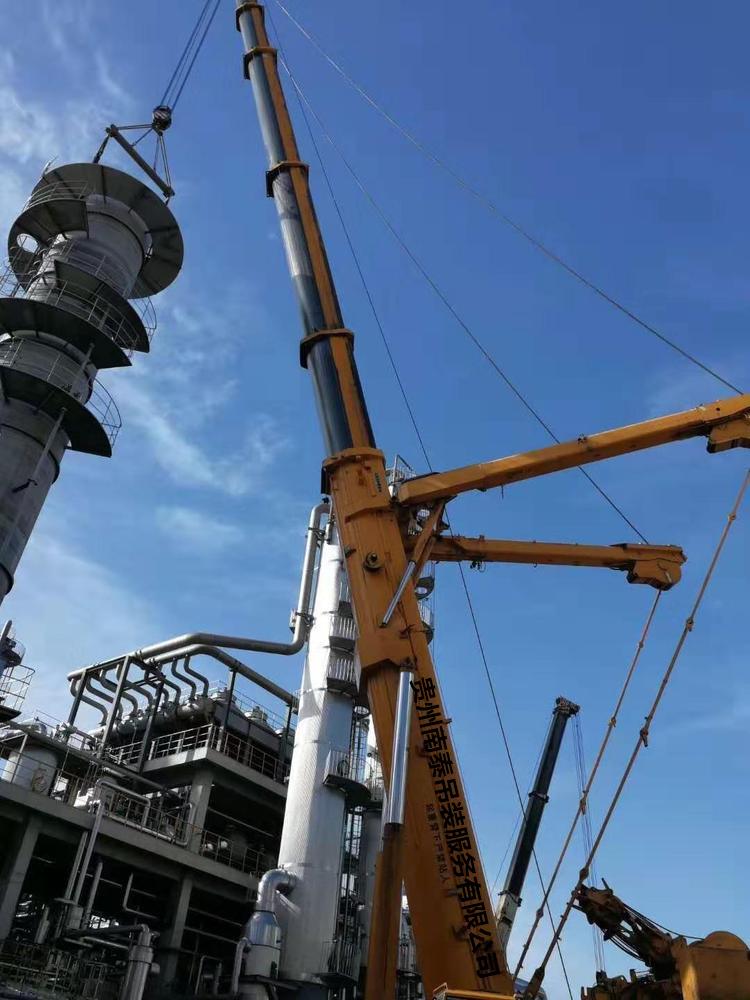 安顺50吨吊车出租设备租赁公司时支持货柜装卸