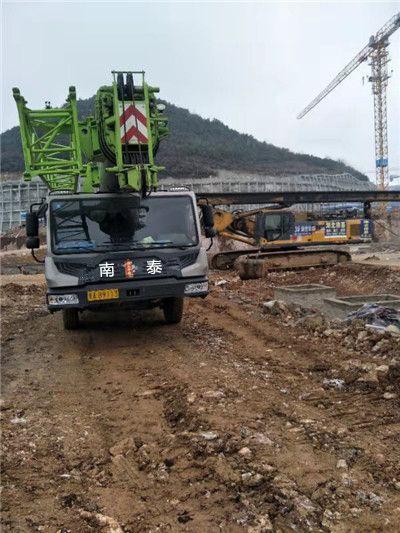 贵州25吨优质吊车出租费用