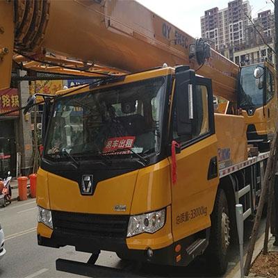 黔南100吨大型吊车设备租赁公司吊车搬运高空作业设备