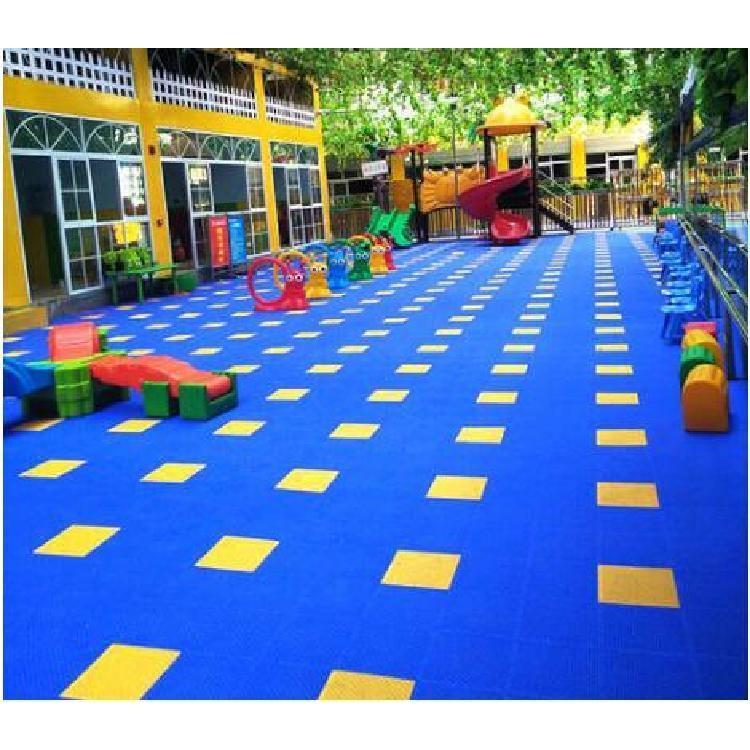 贵州贵阳篮球场地垫悬浮地板羽毛球场地室户外专用防滑环保PP