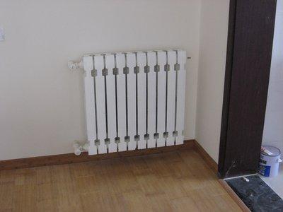 西安铸铁暖气片回收 西安生铁暖气片回收