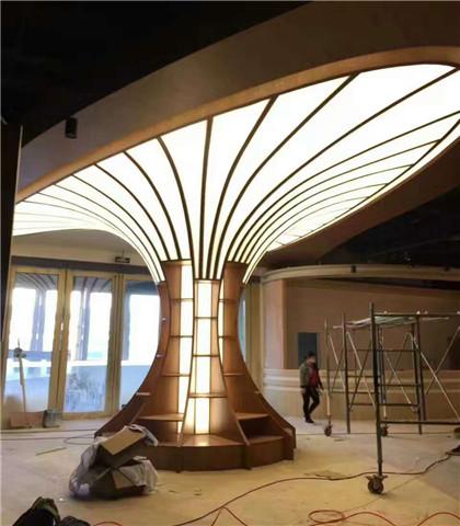 贵州软膜喇叭柱全国软膜天花工程 灯箱透光膜 高清喷绘写真软膜 软膜天花喇叭柱子等