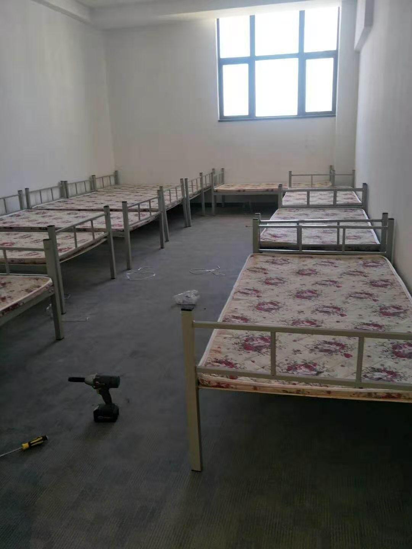 厂家批发工地铁床 上下铺铁床员工宿舍 上下铺铁床高低床厂家直销