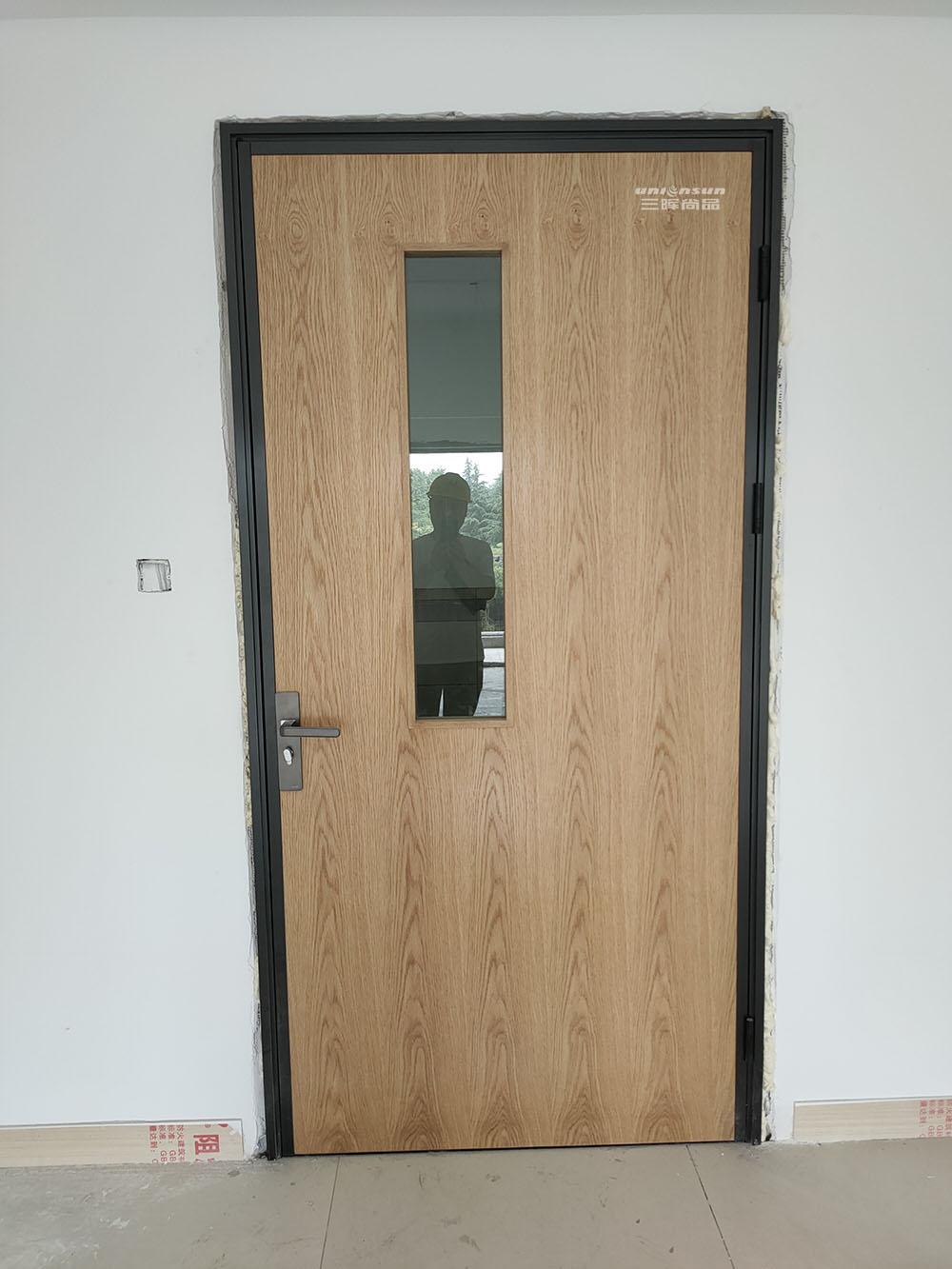 2021学校教室门定制 钢质木质学校教室门宿舍门办公室门批发
