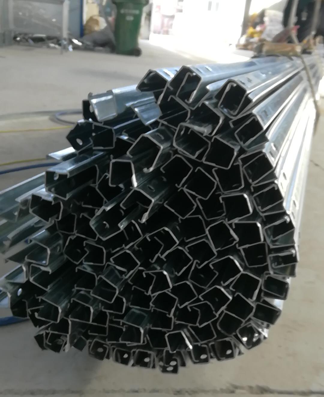 甘肃大棚管 椭圆管 C型钢 几字钢 厂家批发