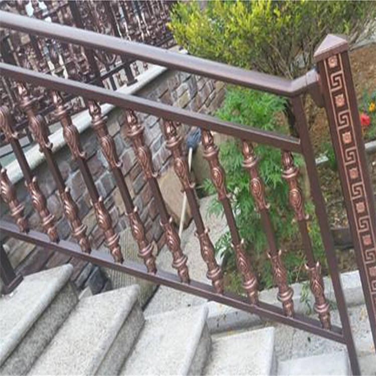 西安铁艺楼梯花 厂家定制欧式 楼梯扶手柱
