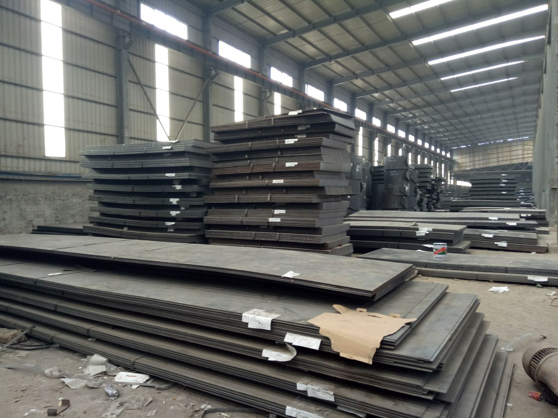 西安钢板加工开平板整张钢板直发铺路板