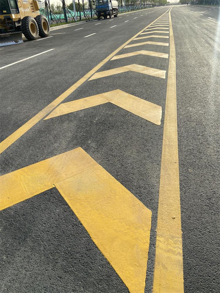 陕西西安热熔冷喷马路划线 道路车位小区厂区停车场绿化设计划线带施工