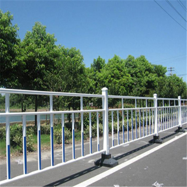 西安护栏现货供应 市政护栏 交通道路城市隔离安全护栏