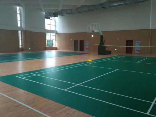 健身房地胶  室内地胶    PVC运动地胶   室外运动地胶 运动场地铺设  塑胶地板 商用地板 医院地板 幼儿园地板